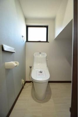 トイレ一式交換済み
