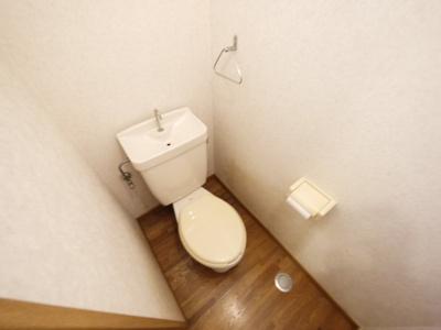 何気に落ち着きますトイレ!