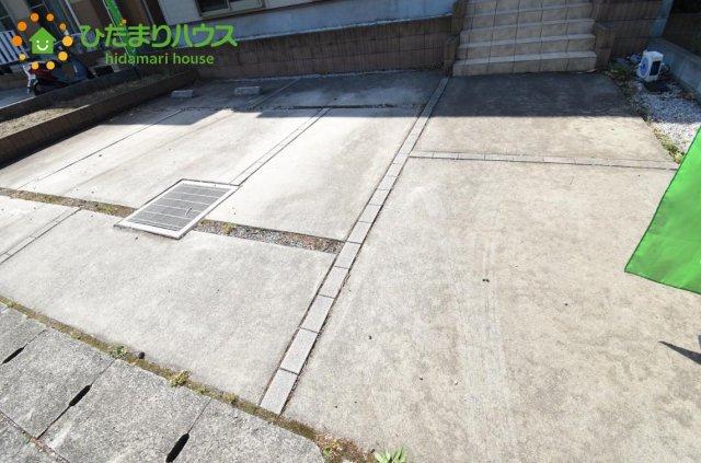 【駐車場】伊奈町寿2丁目 中古一戸建て