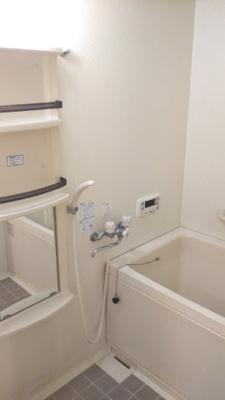 【浴室】サン・フォーレスト