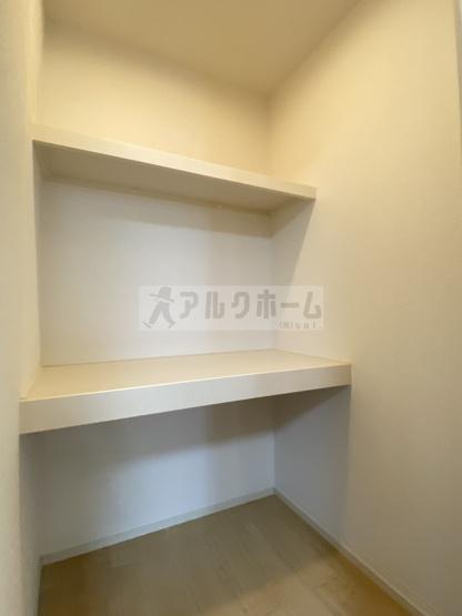 コンフォートしき(八尾市志紀町・JR志紀駅) 収納