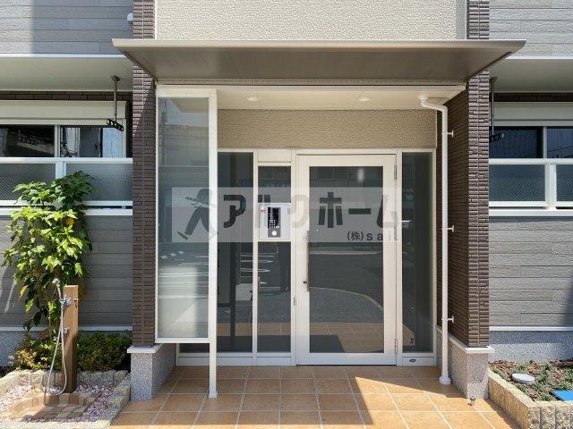 コンフォートしき(八尾市志紀町・JR志紀駅) エントランス