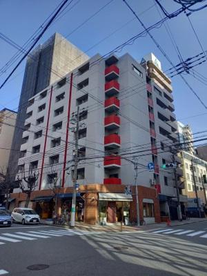 京阪本線「天満橋」駅より歩いて4分と大変便利な立地にあるサンハイム天満橋! 買物施設充実のおススメ物件です♪セカンドハウスや投資用にも最適◎