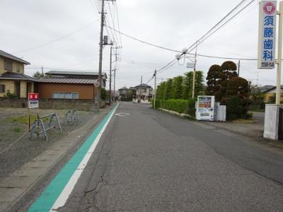 【前面道路含む現地写真】熊谷市弥藤吾 822万 土地