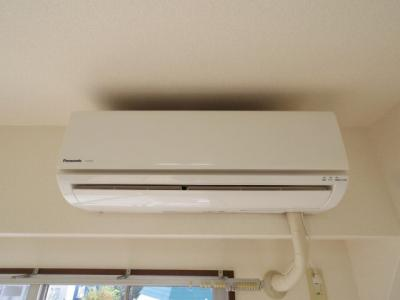 設備エアコンです。