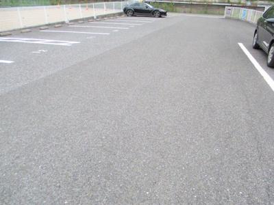 【駐車場】Surplus DAIKI