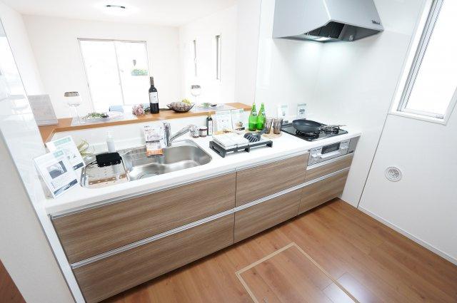 【同仕様施工例】キッチンの引出し収納を上手に活用することで、収納力と使いやすさが格段にアップします!