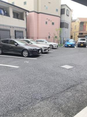 駐車場の用意があります