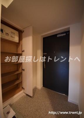 【玄関】フィーカ牛込柳町