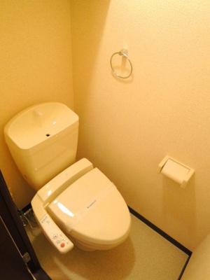 ウォシュレット付きのトイレです!