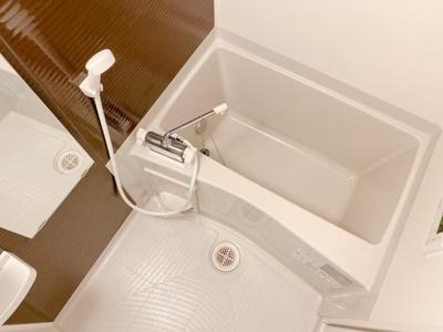 【浴室】エスカーサ野沢