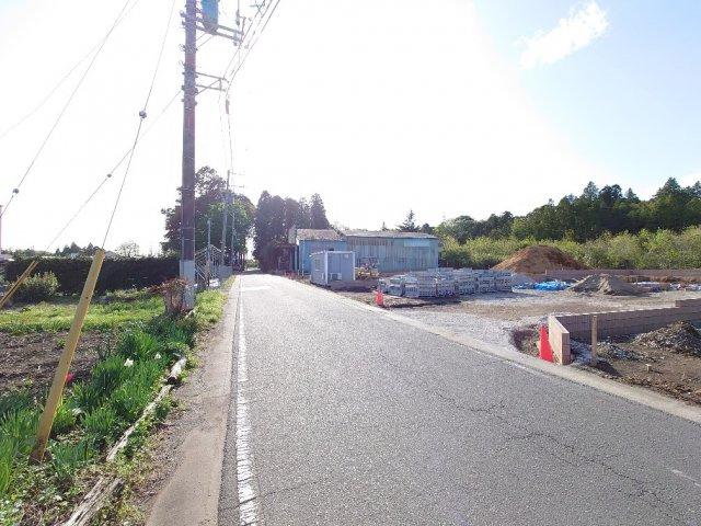 【前面道路含む現地写真】堀町新築戸建 第10 1号棟