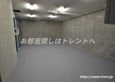 【駐車場】プレールドゥーク渋谷初台