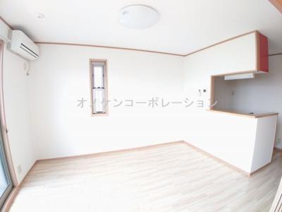 【居間・リビング】メルベーユ・トモ