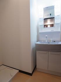 Sol Lagoの独立洗面台別室参照