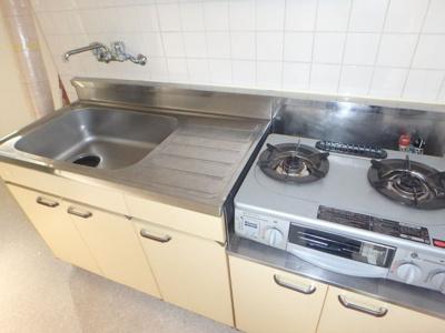 【キッチン】ホワイトハウス松本