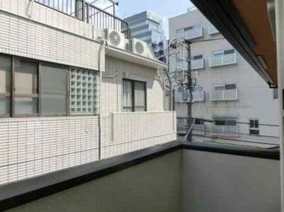 【展望】ファミール日本館