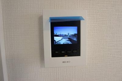テレビモニター付きインターホンです
