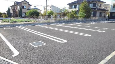 【駐車場】グラント ジェルメ弐番館