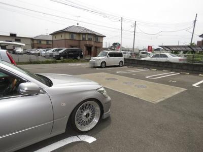 【駐車場】ルナピエナ