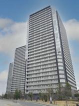 リヴァリエC棟(川崎区港町)の画像