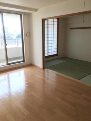 【居間・リビング】エステスクエア小田急相模原ステージ3