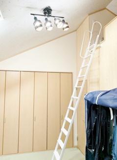 ■ロフト2ヶ所あります ■勾配天井になっていて解放感があります