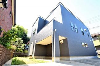 佐倉市千成 中古戸建 京成佐倉駅 シックな黒い外観が目を引く、ビルトインガレージ付きの4LDK。