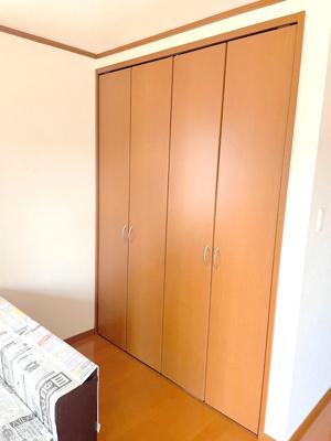 収納スペースもしっかりあり、お部屋を広く使えます。