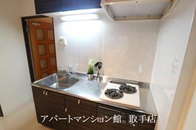 【キッチン】リバーサイドヒルズ