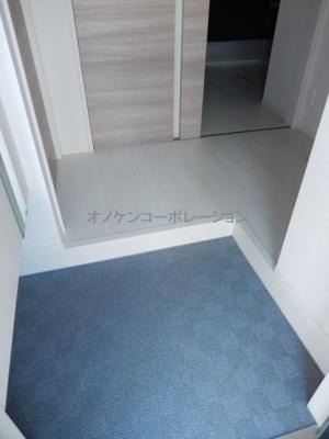 【玄関】エクレール福井