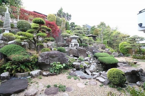 立派な庭園があります♪
