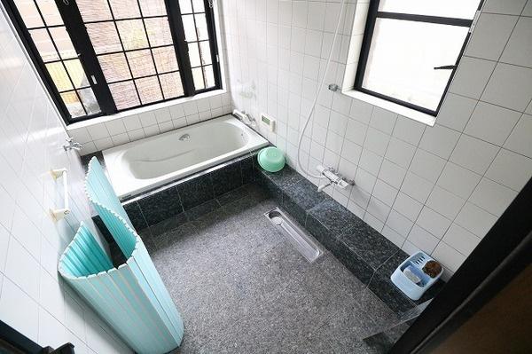 大変綺麗な浴室です♪