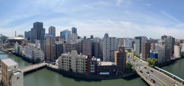 【物件からみた眺望】都市の景観と一体となったくつろぎは非日常な世界です。