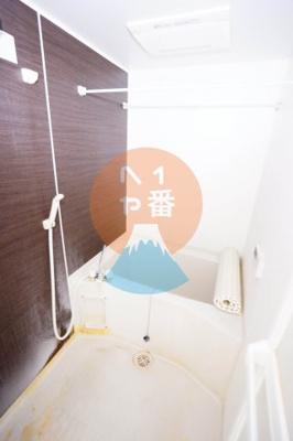 お風呂は清潔感があります