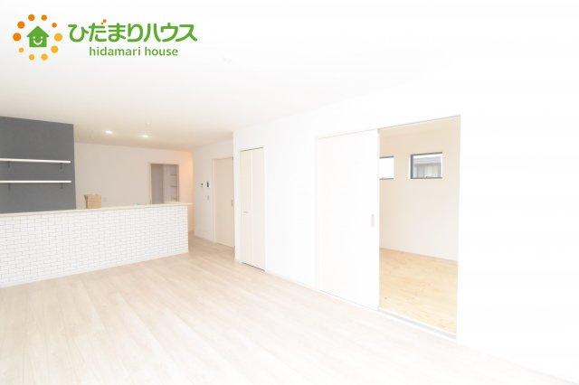 【居間・リビング】桶川市東 1期 新築一戸建て リッカ 01