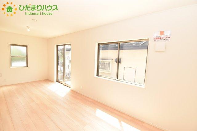 【居間・リビング】北区別所町 第7 新築一戸建て クレイドルガーデン 02