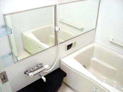 【浴室】ヴァレーレ萱町