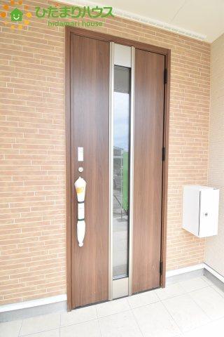 【玄関】鴻巣市南 第1 新築一戸建て クレイドルガーデン 01
