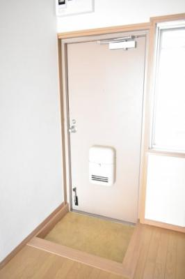 【玄関】フジビル