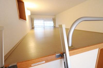 ロフトスペースを有効利用することでお部屋広々!