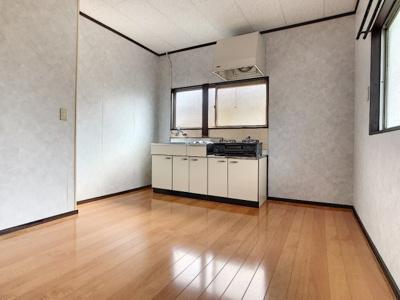 【キッチン】後田町中川アパート