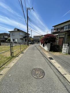 前面道路:市道 汚水枡前面道路まで来てます。