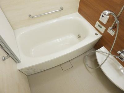 【浴室】ブランズタワー大阪備後町