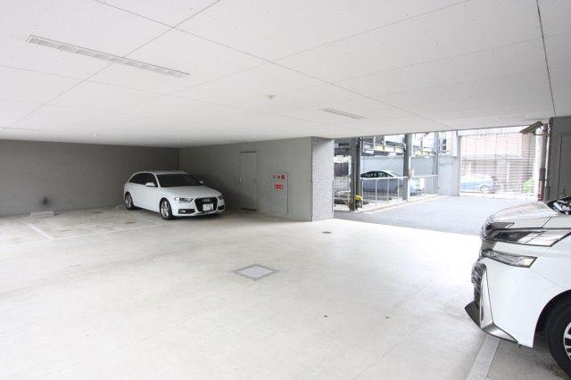 【駐車場】マレ ドゥ カルム