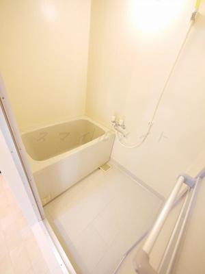 【浴室】ポーロウニアハイツ