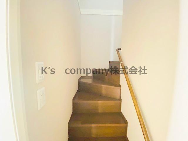 2階階段です