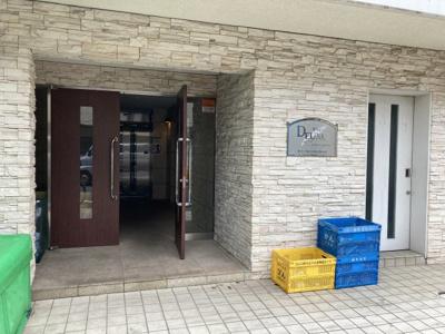 【エントランス】プレール・ドゥーク新高円寺