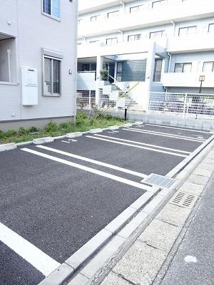 【駐車場】ニューサンモール・アゼリアA