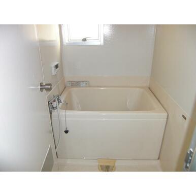 【浴室】海老名三紫コーポ